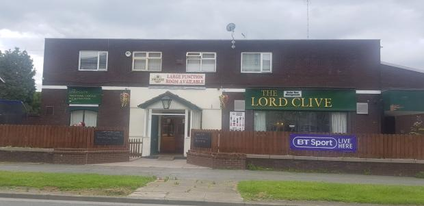 Prestwich and Whitefield Guide: The Lord Clive pub in Mersey Drive, Whitefield
